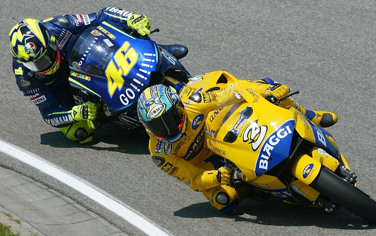 118236_biaggi+rossi+action+sachsenring+2004-1280x960-jul20.jpg._original