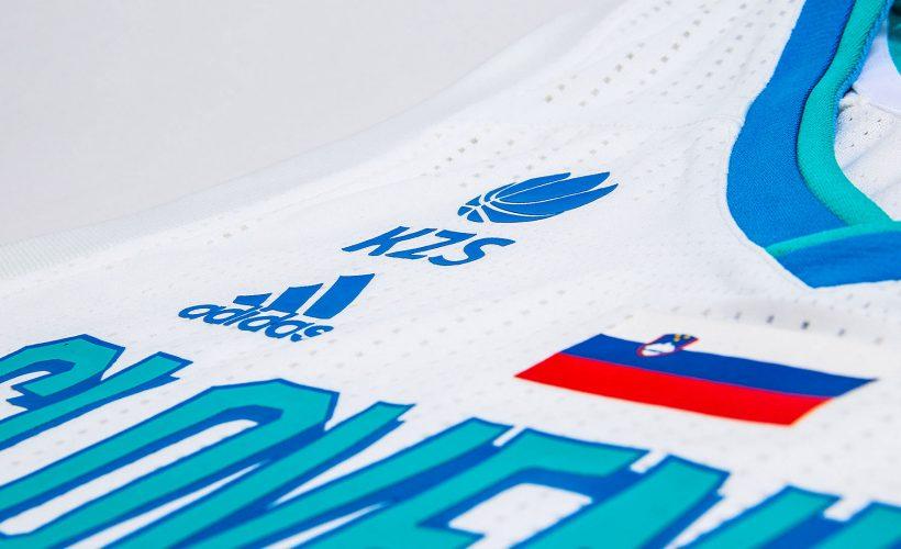 Slovenske košarkarske reprezentance z novimi dresi