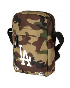 Los Angeles Dodgers New Era Woodland Camo Schultertasche