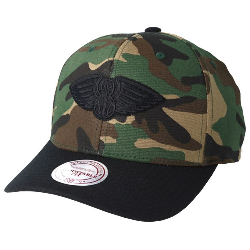 official photos bb058 f46cb New Orleans Pelicans Mitchell   Ness Camo Flexfit 110 cappellino -  Stadionshop