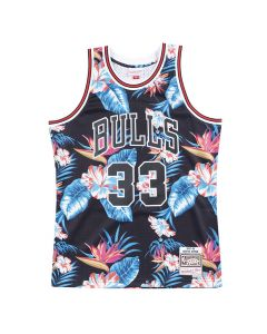 Scottie Pippen 33 Chicago Bulls 1997-98 Mitchell & Ness Swingman Floral Black dres