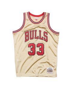 Scottie Pippen 33 Chicago Bulls 1997 Mitchell & Ness Gold Swingman dres